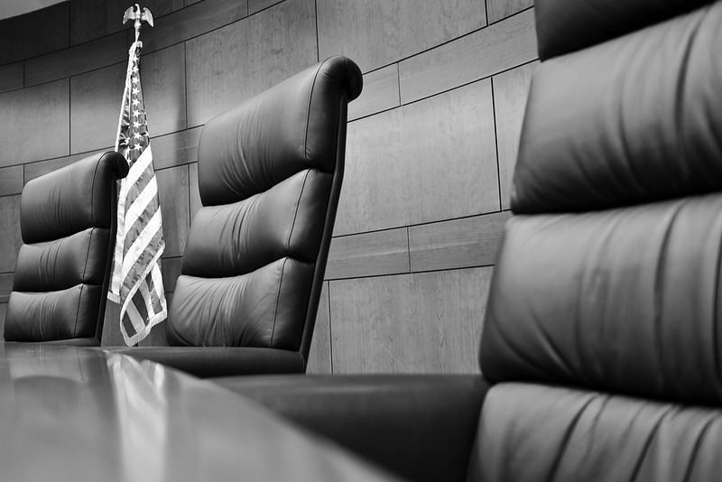Black and white picture of a courtroom
