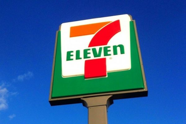 7 Eleven road sign